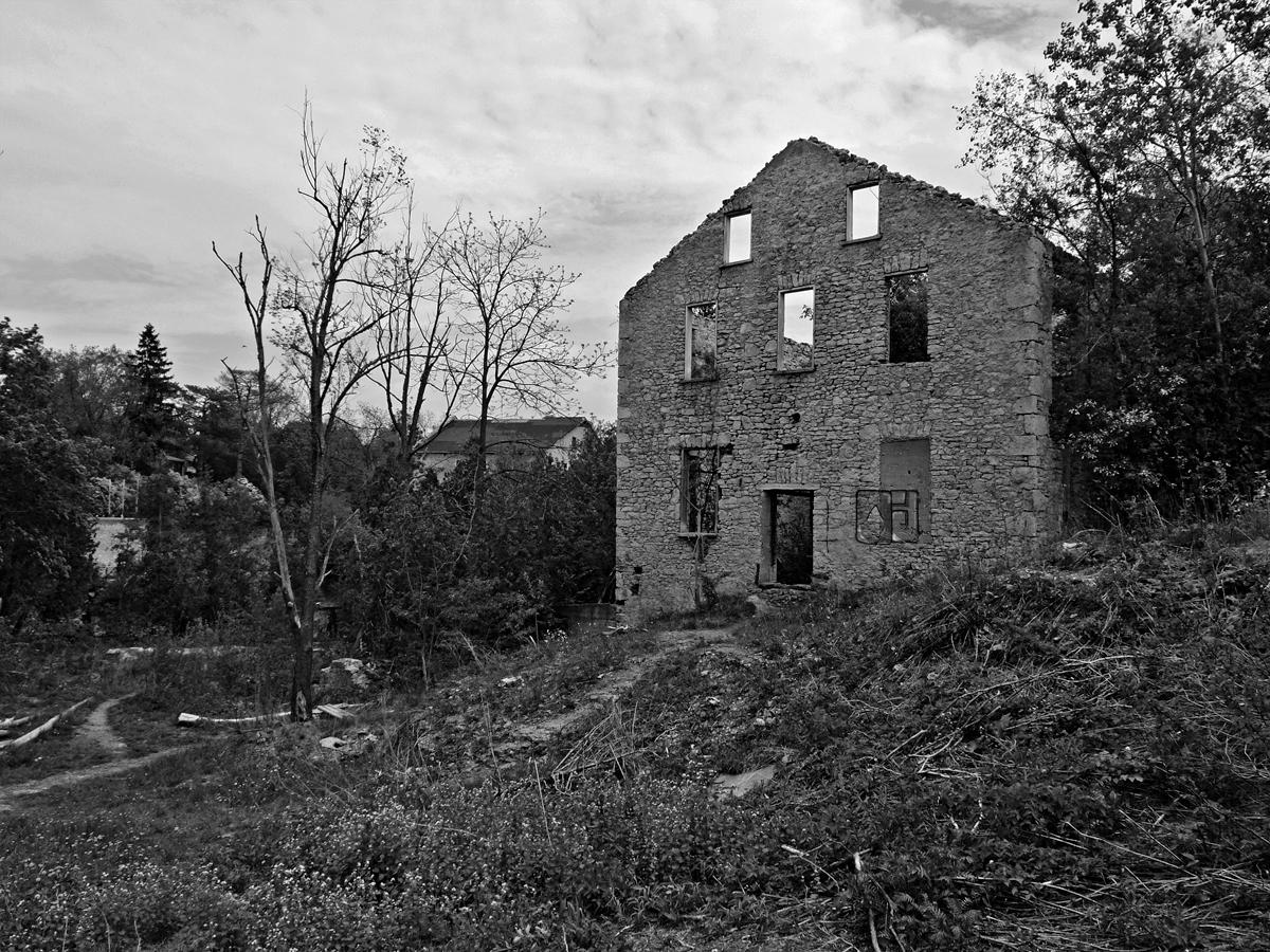 abandoned factory elora ontario