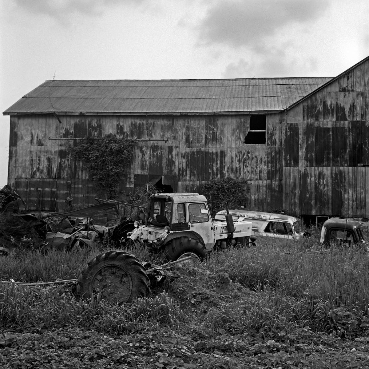 tires-and-dirt-and-a-barn